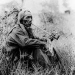 индеец с трубкой