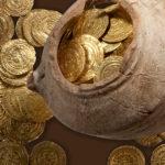 кубышка с монетами