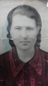 Куликова Любовь Егоровна в 19 лет