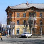 угол Ломоносова и Уральских рабочих
