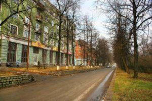 улица Банникова на Уралмаше