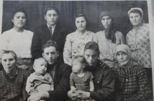 Ольга Григорьевна снизу слева первая