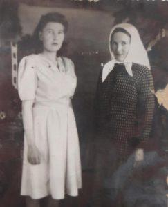 Фагима Каримовна и её мать Фархибану